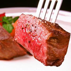"""尾崎牛肉熟練課程""""用各種烹飪方法製作的Phantom和牛""""我們也接受生日驚喜!"""